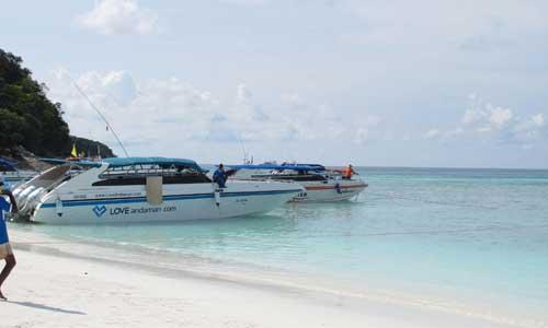 IG-Destination-KoTachai_Phang-nga_007 Love Andaman speed boat named J'Taime offers transfers to Ko Tachai.