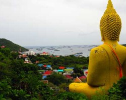 IG-Destination-Ko Si Chang_013 The yellow Buddha is a famous landmark and can been seen from all over Koh Si Chang.