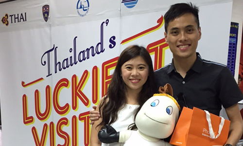 19 millionth visitor of Thailand in 2015_02_500x300
