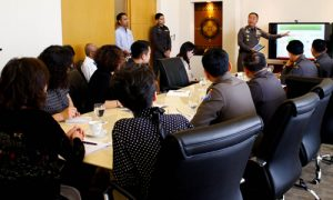 TAT headed discussion between Thai and Chinese officials about tourist safety in Thailand 02_resized